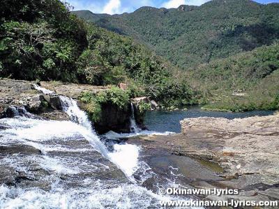 マリュドゥの滝@西表島