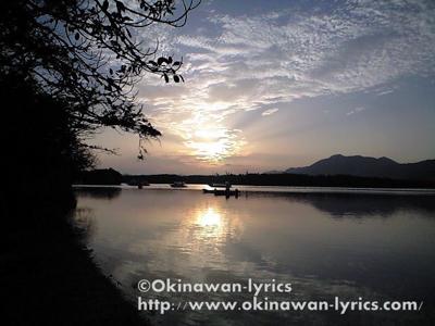 川平湾でクルージング、石垣島