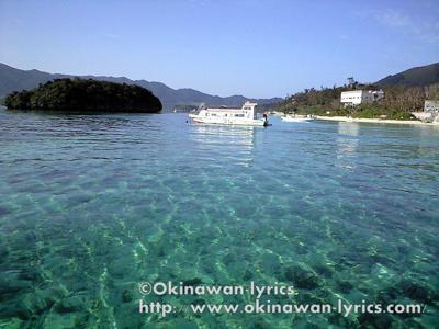 川平湾でクルージング@石垣島