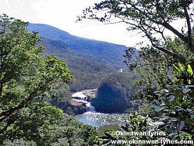 マリウドの滝@西表島縦断