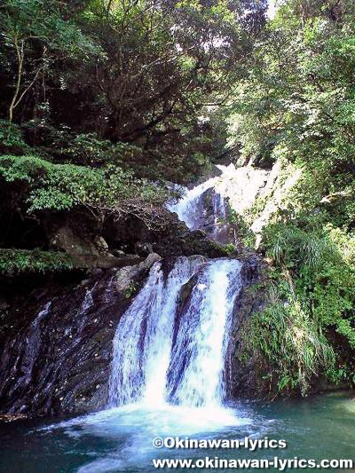 アランガチの滝@奄美大島