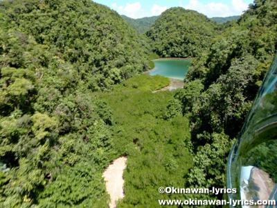 ウルクタープル島(Ngeruktabel island), ヘリコプター遊覧(helicopter sightseeing)@パラオ(Palau)