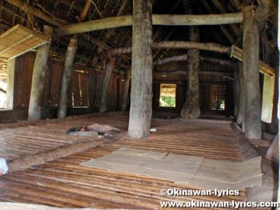 メンズハウス(men's house)@ガギールトミール島(Gagil-Tomil island)