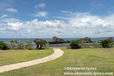 大神島でシュノーケル