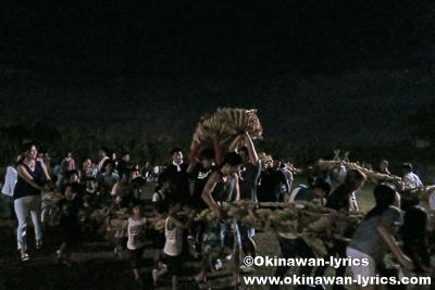 糸満市武富の綱引き、沖縄本島