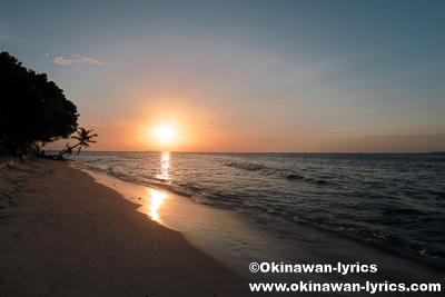 ダラバンドゥ島の夕日@バア環礁,モルディブ