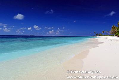 ダラバンドゥ島のビキニビーチ@バア環礁,モルディブ