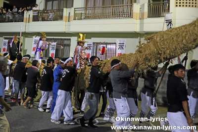 綱引き@八重瀬町安里の豊年祭