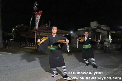 神アサギ前での琉球舞踊奉納@恩納村瀬良垣の豊年祭